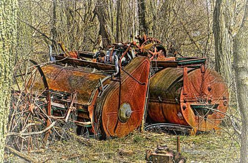 machinery rusted rust