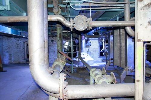machinery pipes mechanics