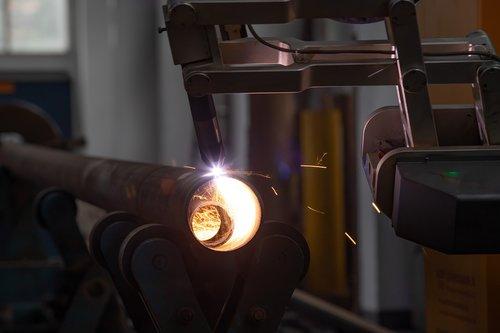 machining  process  working