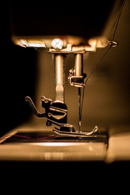 macro  sewing machine  tool