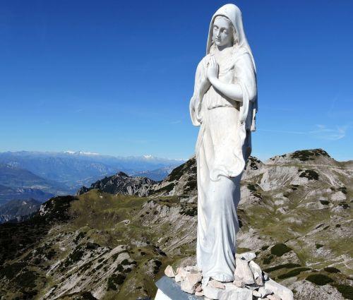madonna statue mountain