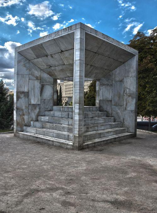 madrid center spain madrid spanish constitution monument