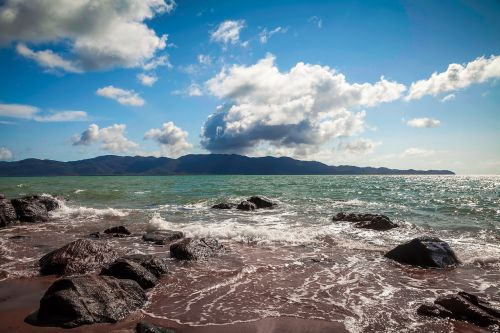 magnetic island cloudy day queensland coast