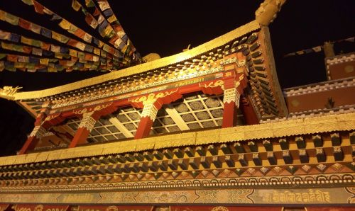 magnificent building features building tibet beauty