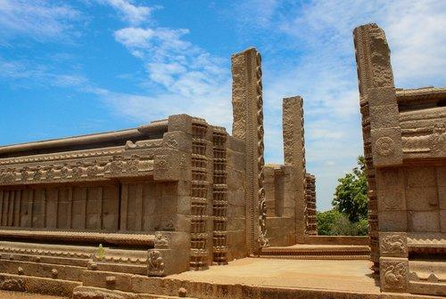 mahabalipuram  india  monuments