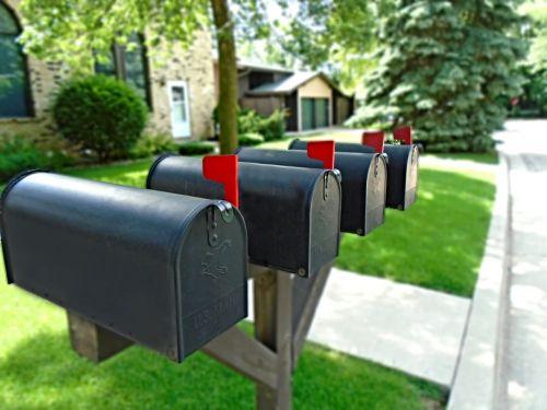 mailbox letterbox flag
