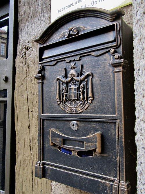 mailbox  decoration  metal