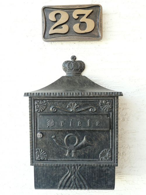 mailbox house number post