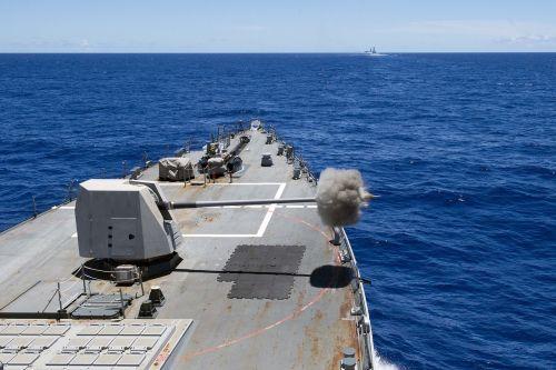 main gun live-fire arleigh burke class destroyer
