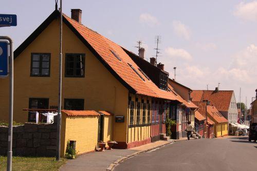 main street husrække road