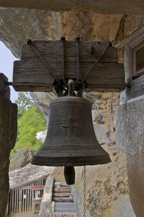 maison forte de reignac alarm bell dordogne