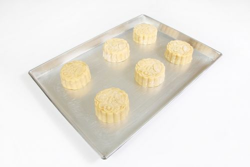 make food bread moon cake