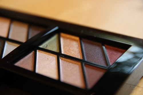 makeup  eye shadow  beauty