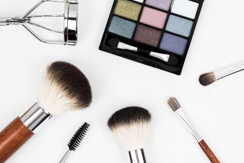makiažas šepetys,makiažas,šepetys,kosmetika,makiažas,taikymas,akių šešėlis,šeriai,veidas,akys,grožis,blakstienų klostė