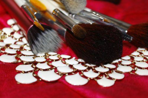makeup brush makeup fashion