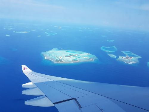 maldives flight island