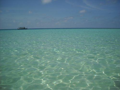 maldives sea boat
