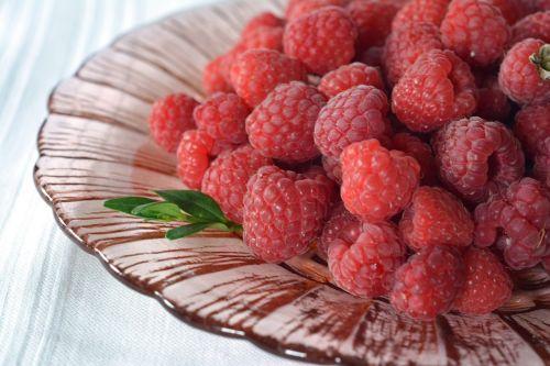 malina raspberries berries