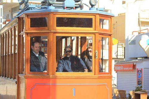 mallorca tram driver