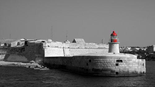 malta pir lighthouse