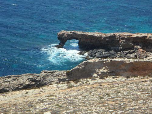 malta coast rocky