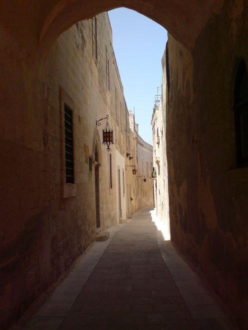 malta alley castle trail