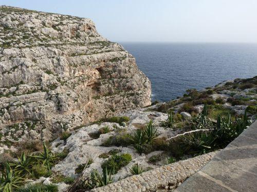 malta sea rocks