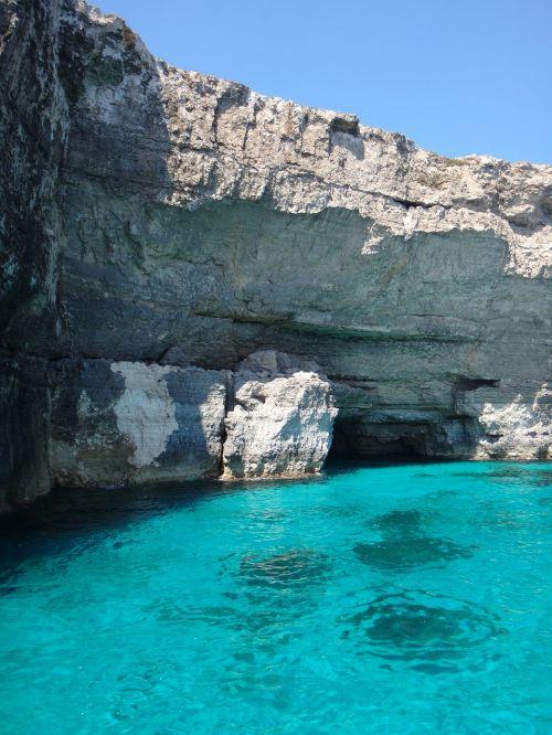 malta island comino