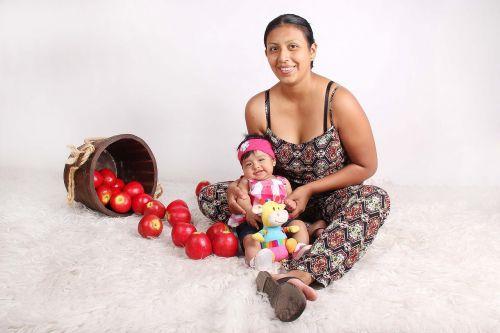 mama bebe apple