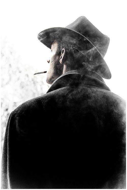 vyras,vienatvė,vienišas,portretas,kinas,juoda ir balta,vienatvė,siluetas,rūkymas,cigarečių,filmas