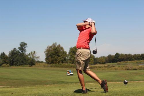 man golf golfing