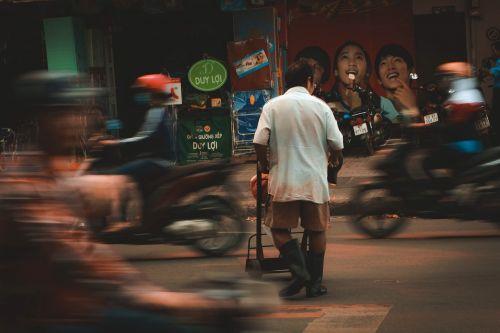 man vietnam the city