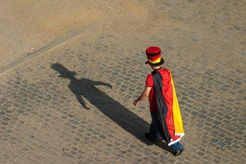man hat national colours