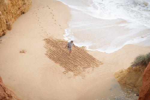 man  sand  pattern