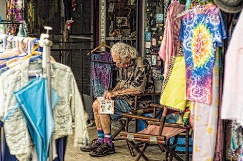 man  cloth  sitting