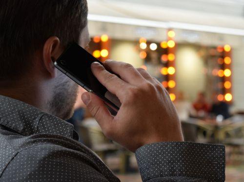 man talking on the phone smartphone city