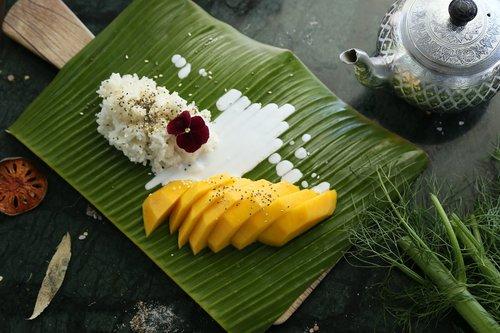 mango sticky rice  mango  thai dessert