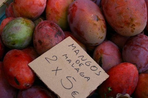 mangos fruit local market