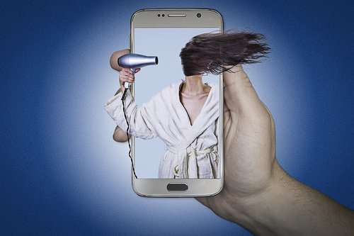 manipulation  hair dryer  woman