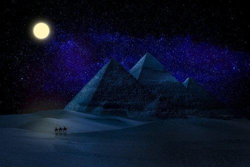 manipulation  pyramids  egypt