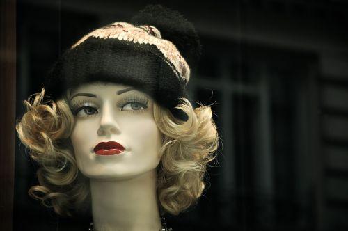 mannequin fashion accessory