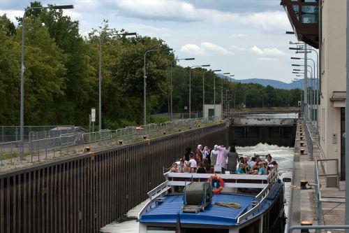 mannheim neckar lock