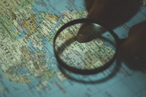 map magnifying glass directions