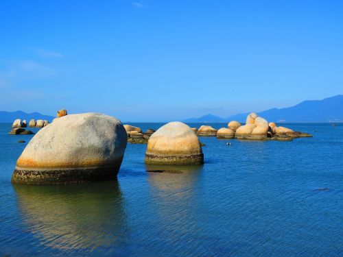 mar stones beira mar