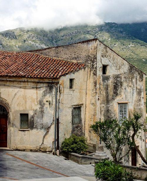 maratea borgo old houses