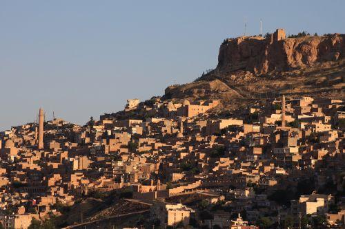 mardin sunrise historical city