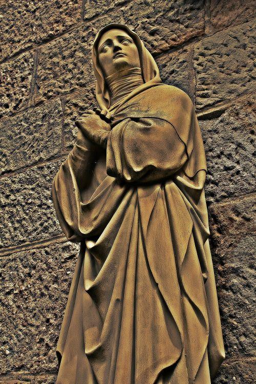 maria pray faith
