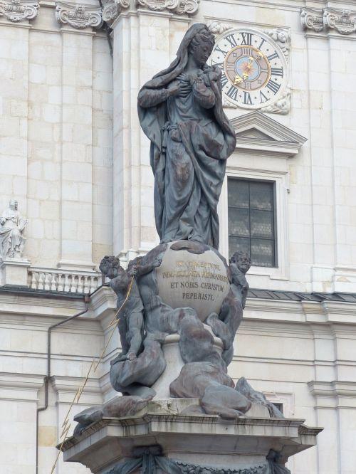 marian column pillar figure