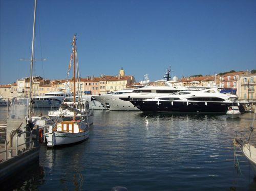 marina yachts boot