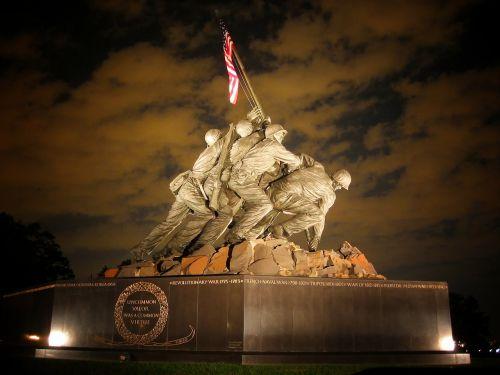 marine corps memorial washington dc statue